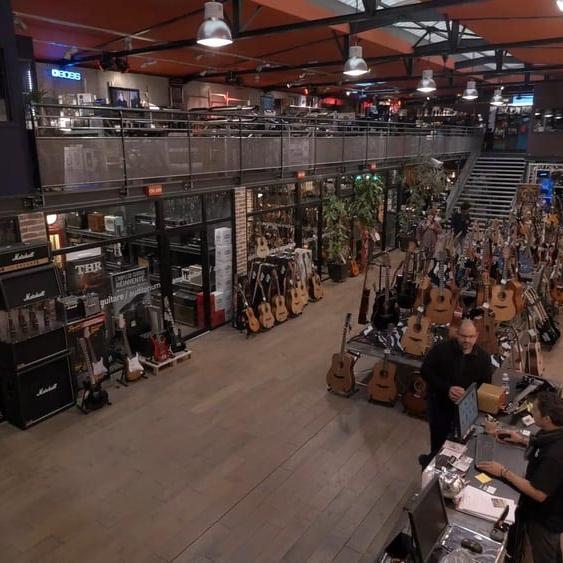 Star's music magasin Lyon Lille Paris